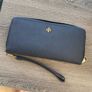 Tory Burch continental wallet navy